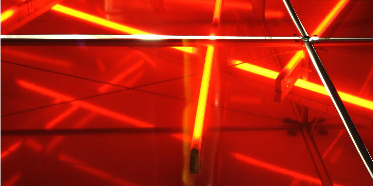 Neonröhre rot